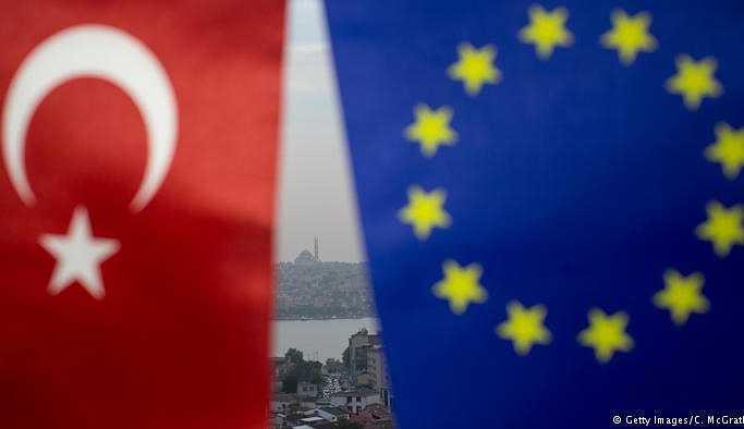 Brüksel: Türkiye AB yolundan uzaklaştı