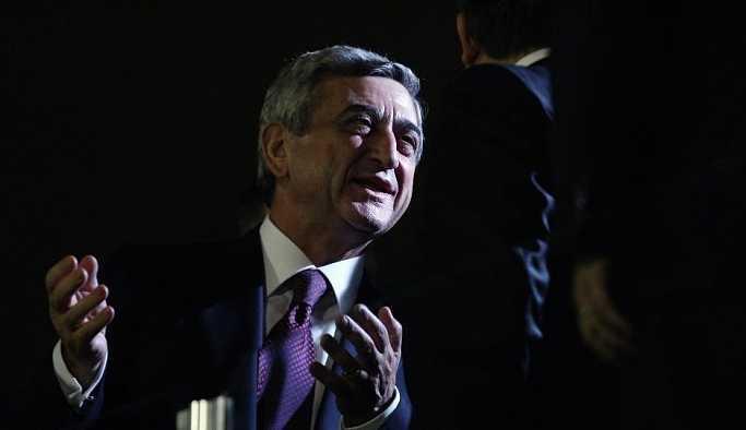 Eski Devlet Başkanı Sarkisyan, protestolara rağmen Ermenistan'ın yeni başbakanı oldu