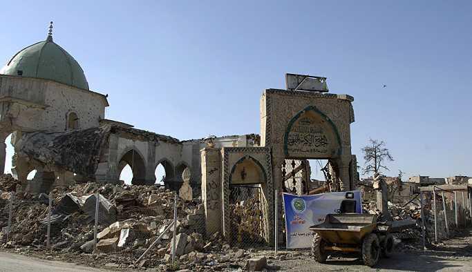 IŞİD lideri Bağdadi'nin 'halifelik' ilanı yaptığı Musul Ulu Cami yeniden inşa edilecek