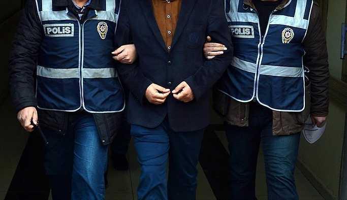 İstanbul'da tutuklama, Van'da gözaltı
