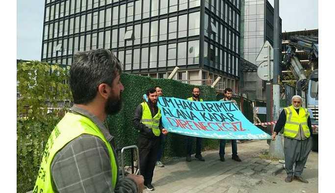 Maaşları ödenmediği için eylem yapan işçiler gözaltına alındı