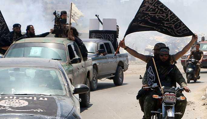 'ÖSO ve El Nusra Suriye'nin güneyinde ABD'nin himayesinde bir özerk bölge kurmak istiyor' iddiası
