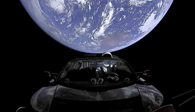 Uzaya gönderilen Tesla'ya Türkiye'de üretilen parça takılmış
