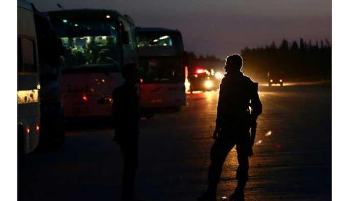 Yaklaşık bin cihatçı Dumayr'ı terk ederek Cerablus'a gidiyor
