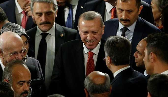 AKP'de 150 vekille yollar ayrılıyor