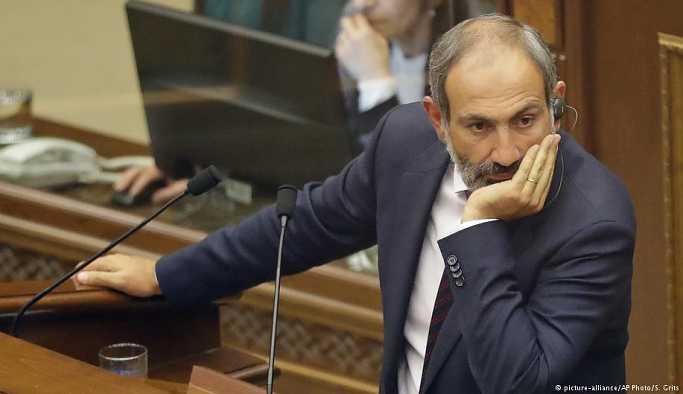 Başbakan seçilemeyen Paşinyan'dan genel grev çağrısı