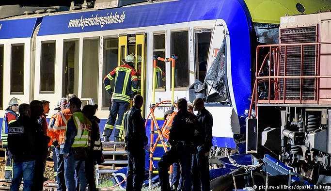 Bavyera'da tren kazası: 2 ölü