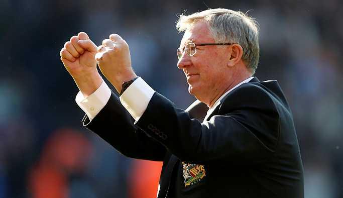 Beyin kanaması geçiren Manchester United'ın eski teknik direktörü Alex Ferguson iyileşiyor