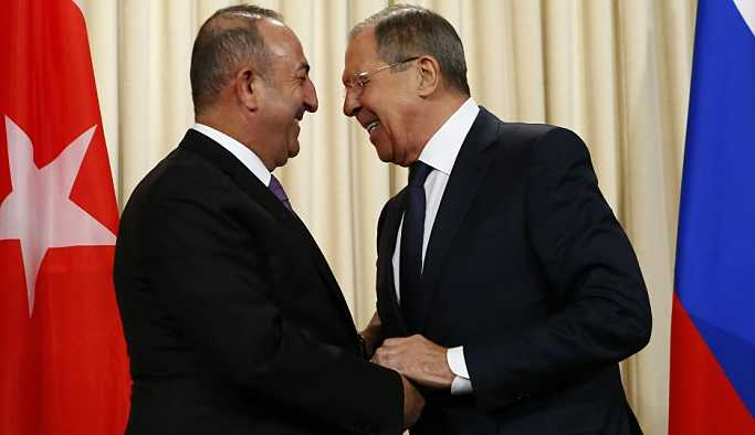 Çavuşoğlu'ndan Lavrov'a tebrik telefonu