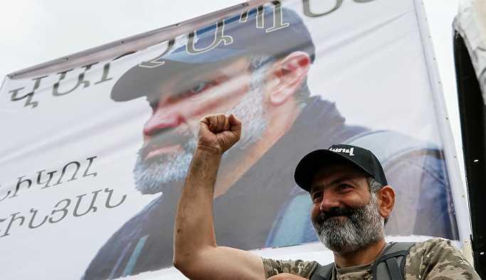 Ermenistan parlamentosu başbakan seçemedi