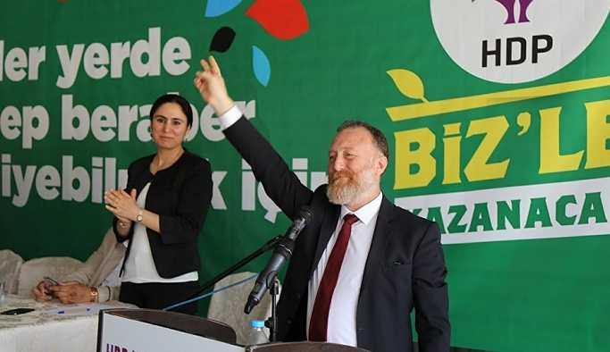 HDP Eş Genel Başkanı Sezai Temelli'nin pasaportuna el konuldu
