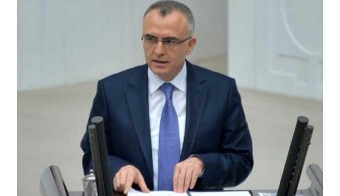 Maliye Bakanı, Ertem ve Çetinkaya'yı düzeltti: Akaryakıtta indirim yok