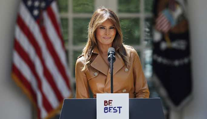 Trump bu sefer de First Lady'nin ismini doğru yazamadı