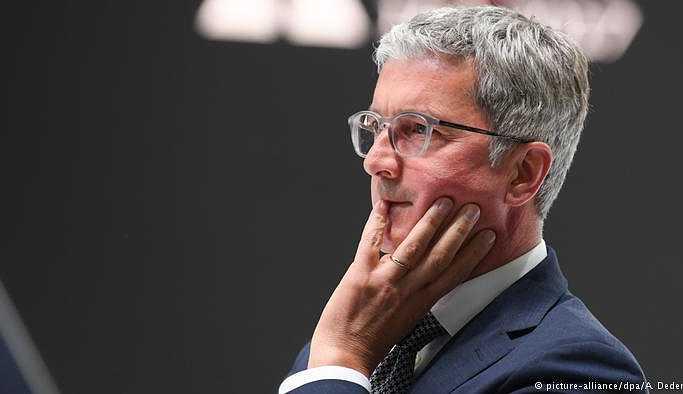 Audi yöneticisinin evine polis baskını