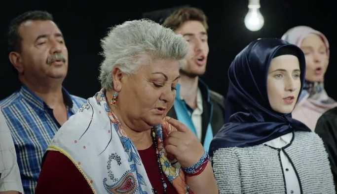 CHP'den yeni seçim filmi: Ampuller sönüyor