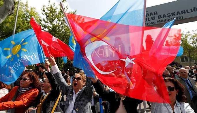 İYİ Partili Türkkan: Yaptığımız hiçbir ankette yüzde 16.8'in altına düşmedik