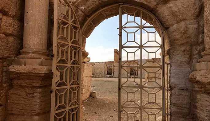 Rus hava kuvvetleri, militanların Palmira'ya saldırısını engellemeye yardımcı oldu