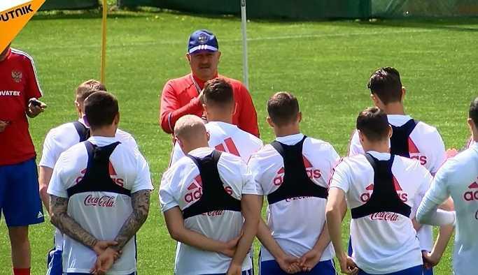 Rusya milli takımı, Türkiye ile yapılacak dostluk maçı öncesinde antrenman yaptı
