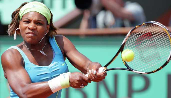 Serena Williams, Şarapova'nın kitabıyla ilgili konuştu: Tamamen söylentilerden ibaret
