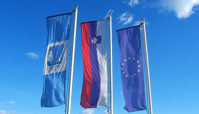 Slovenya seçimlerinde kazanan 'göçmen karşıtı' Slovenya Demokrat Partisi oldu