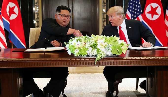 Tromp ve Kim'den 'kapsamlı anlaşma'ya imza