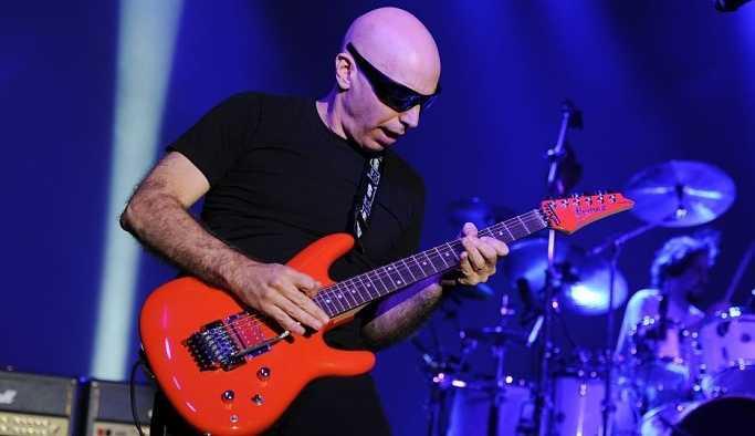 Ünlü gitar virtüözü Joe Satriani ile Pentagram, aynı sahneyi paylaşacak