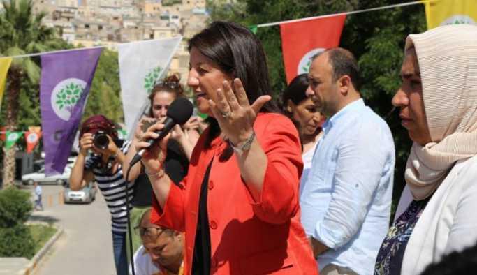 Urfa'da konuşan Pervin Buldan: AKP düştü düşecek