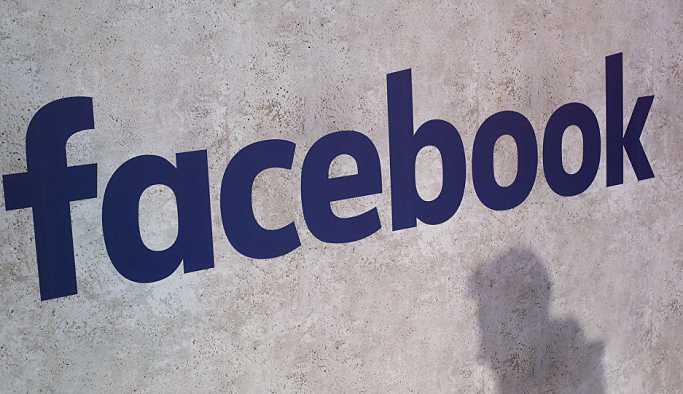 Yunanistan'da bir gazetecinin Nazi eleştirisi Facebook tarafından silindi