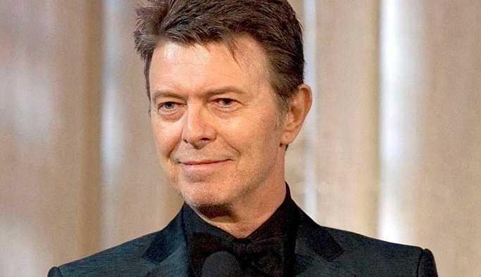David Bowie'nin ilk demo kaydı ekmek sepetinde bulundu