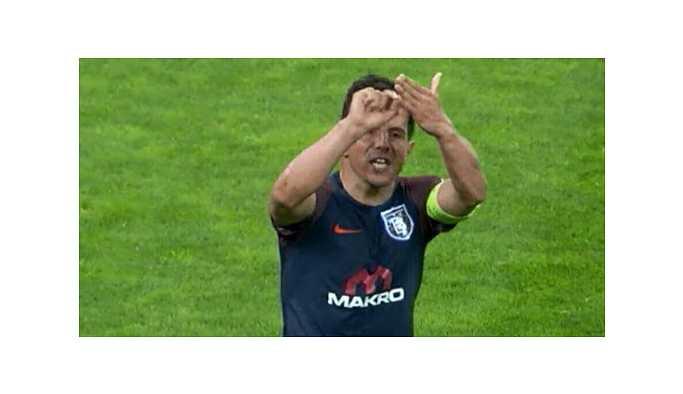 Emre Belözoğlu, futbolu bırakıyor