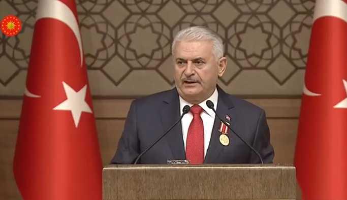 Erdoğan, Yıldırım'a Devlet Şeref Madalyası verdi