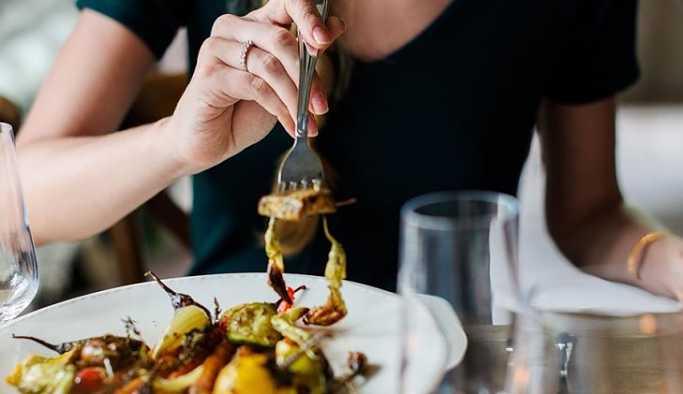 Finlandiya'da bir kişi, yediği yemekleri ödemeyince tutuklandı