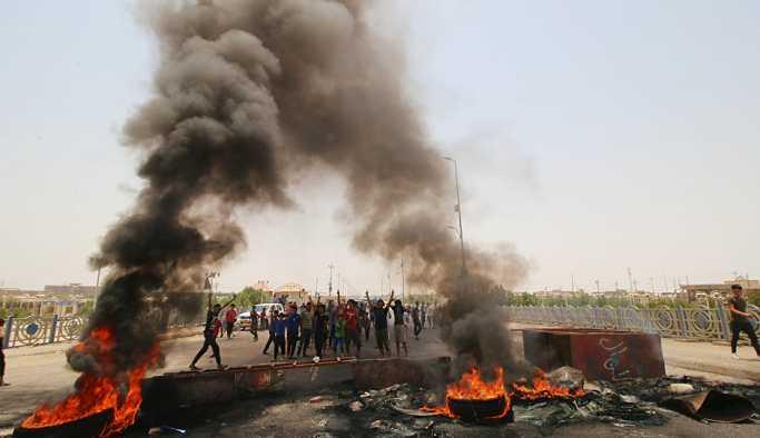 İbadi'den gösterilerin başladığı Basra'ya 3 milyar dolar tashih edilmesi kararı