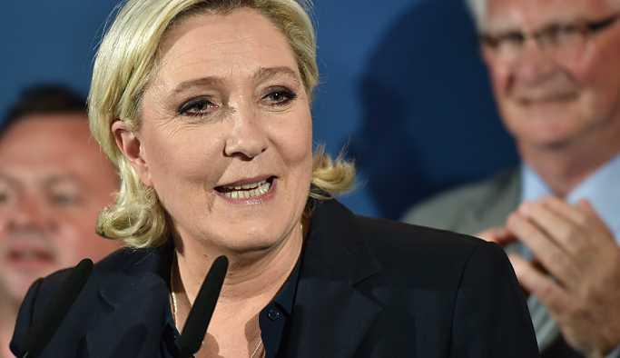 Le Pen'den NATO'ya: Rusya üyeliğe davet edilmeli