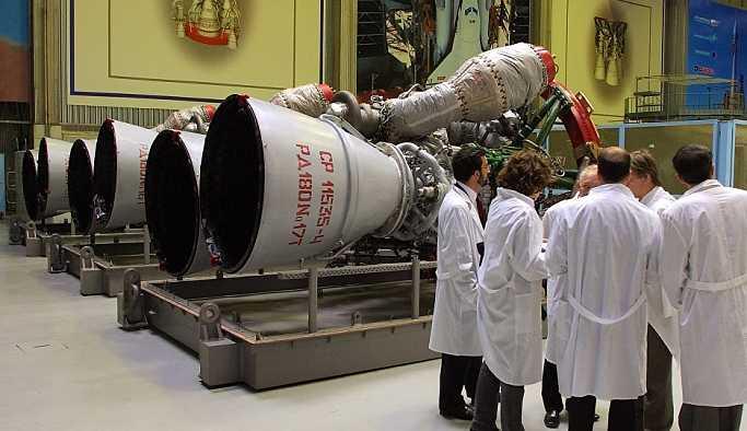 NASA, insanlı uzay uçuşlarında Rus RD-180 roket motorlarının kullanımını onayladı