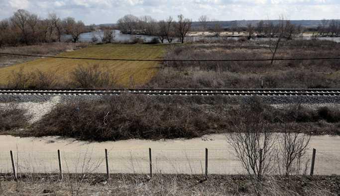 Yunanistan sınır bölgesine giren 4 Türk gözaltına aldı