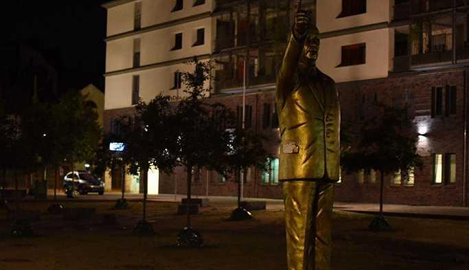 Almanya Erdoğan heykelinin şokunda
