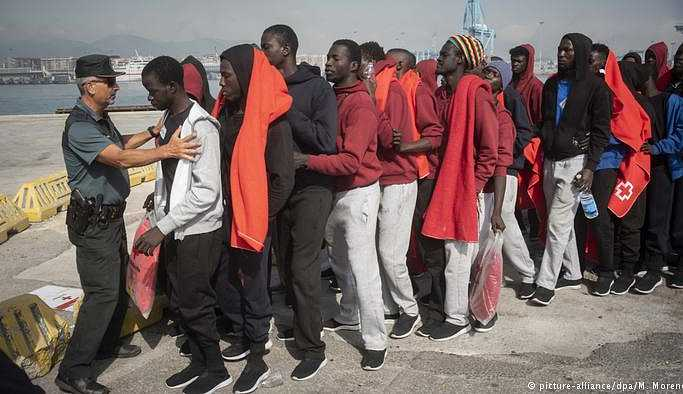 Almanya sığınmacıların iadesi için İspanya ile anlaştı