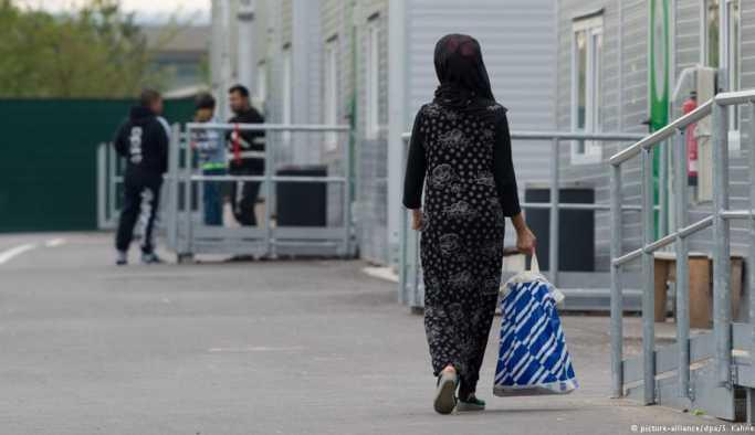 Almanya'da sığınmacılara karşı saldırılar azaldı