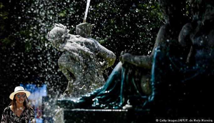 Avrupa'da rekor sıcaklık hayatı felç etti