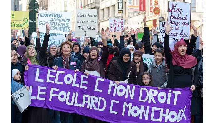 Belçika'da türban tartışması: Katolikler sahip çıktı
