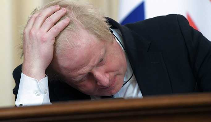Boris Johnson'a 'peçe' incelemesi