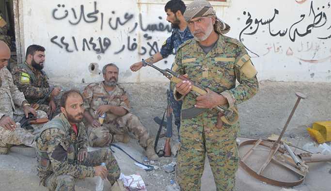 DSG, IŞİD'in Ayn İsa'da öldürdüğü 110 askerin cesedini Suriye ordusuna teslim etti