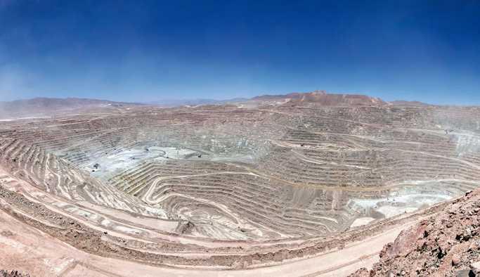 Dünyanın en büyük bakır madeninde grev kararı