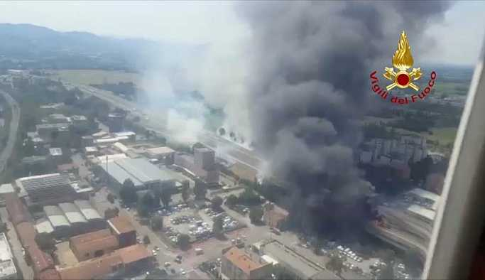 İtalya'da havaalanı yakınında korkutan patlama