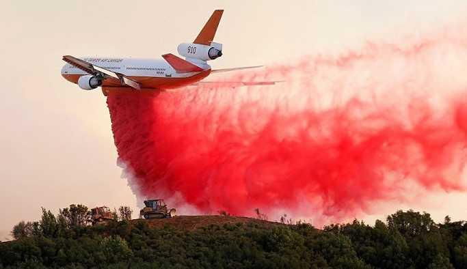 Kaliforniya eyalet tarihinin en büyük yangınıyla mücadele ediyor: 7 ölü