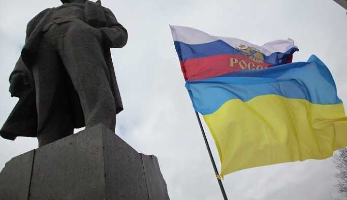 'Kiev'deki geçit töreni, Kremlin'de depreme neden olacak'
