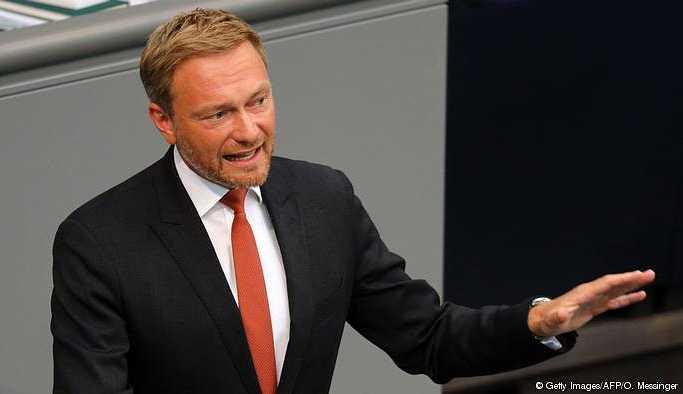 Lindner'den Almanya'daki Türk toplumuna eleştiri