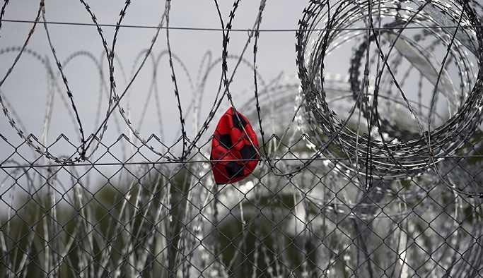 Macaristan sığınmacıları aç bırakma taktiğine son verdi