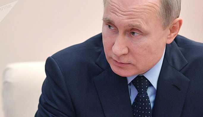 Putin: Güney Osetya'yı desteklemeye devam edeceğiz